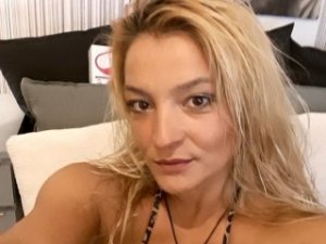 Yanina happy ending massage