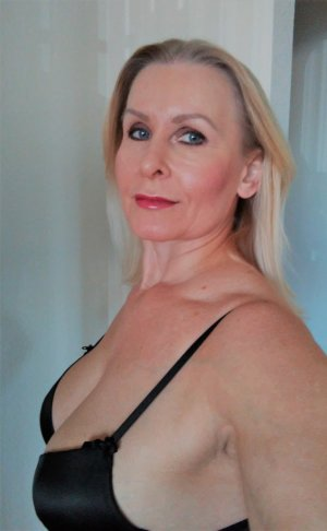 Marie-magdeleine tantra massage in Cottage Lake Washington