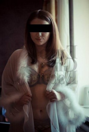 Hasnaa nuru massage in Rosemont