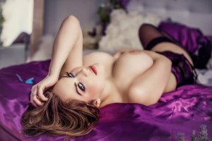 Emma-rose erotic massage in Shamokin